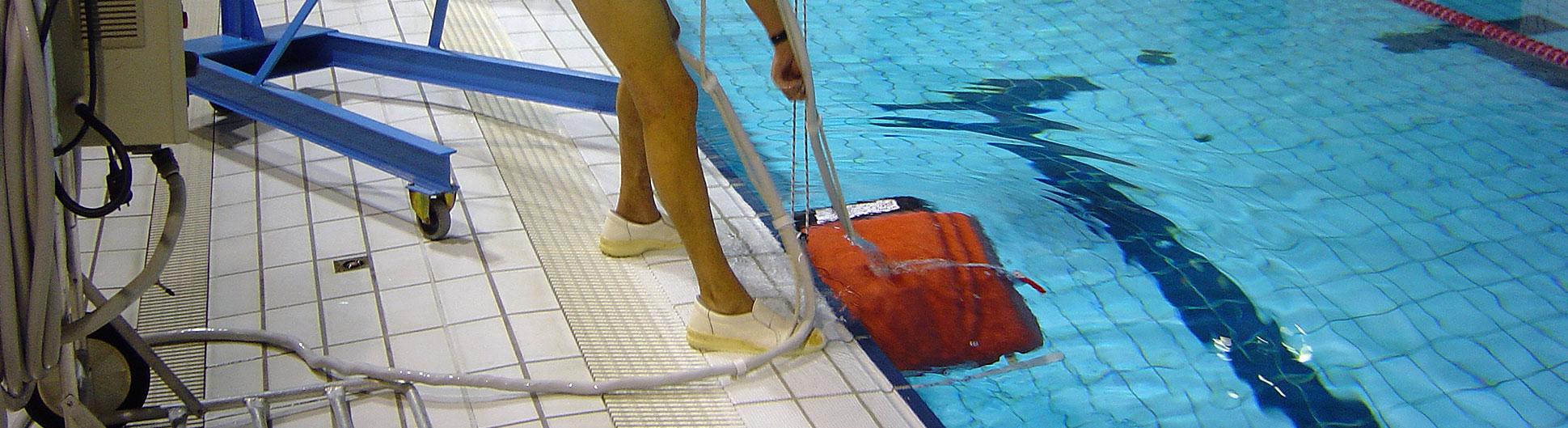 Soci t de nettoyage pour les professionnels nantes cnh for Nettoyage piscine