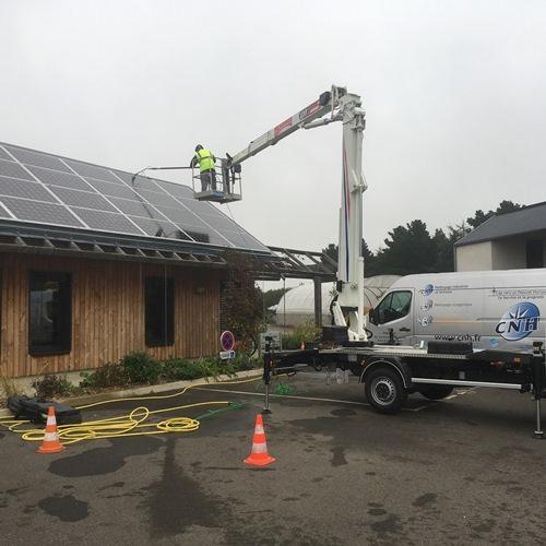 CNH entretien panneaux solaires